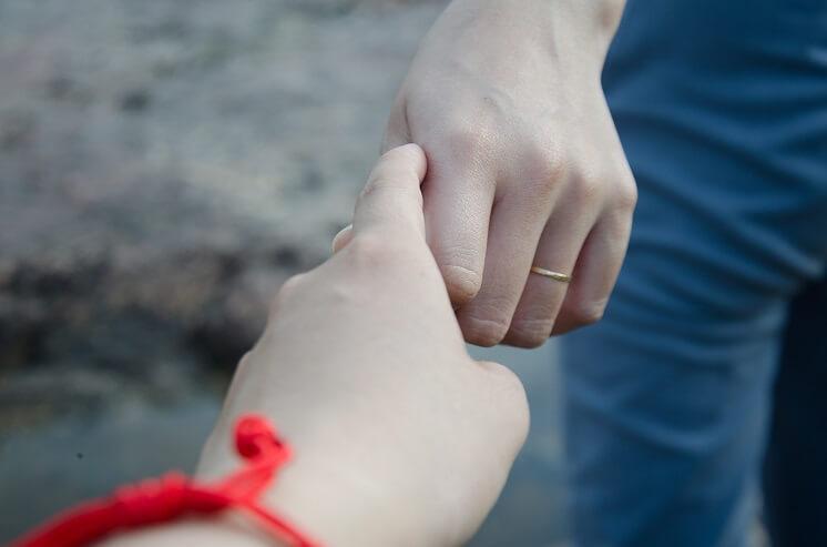 jak przetrwać zdradę ukochanej osoby
